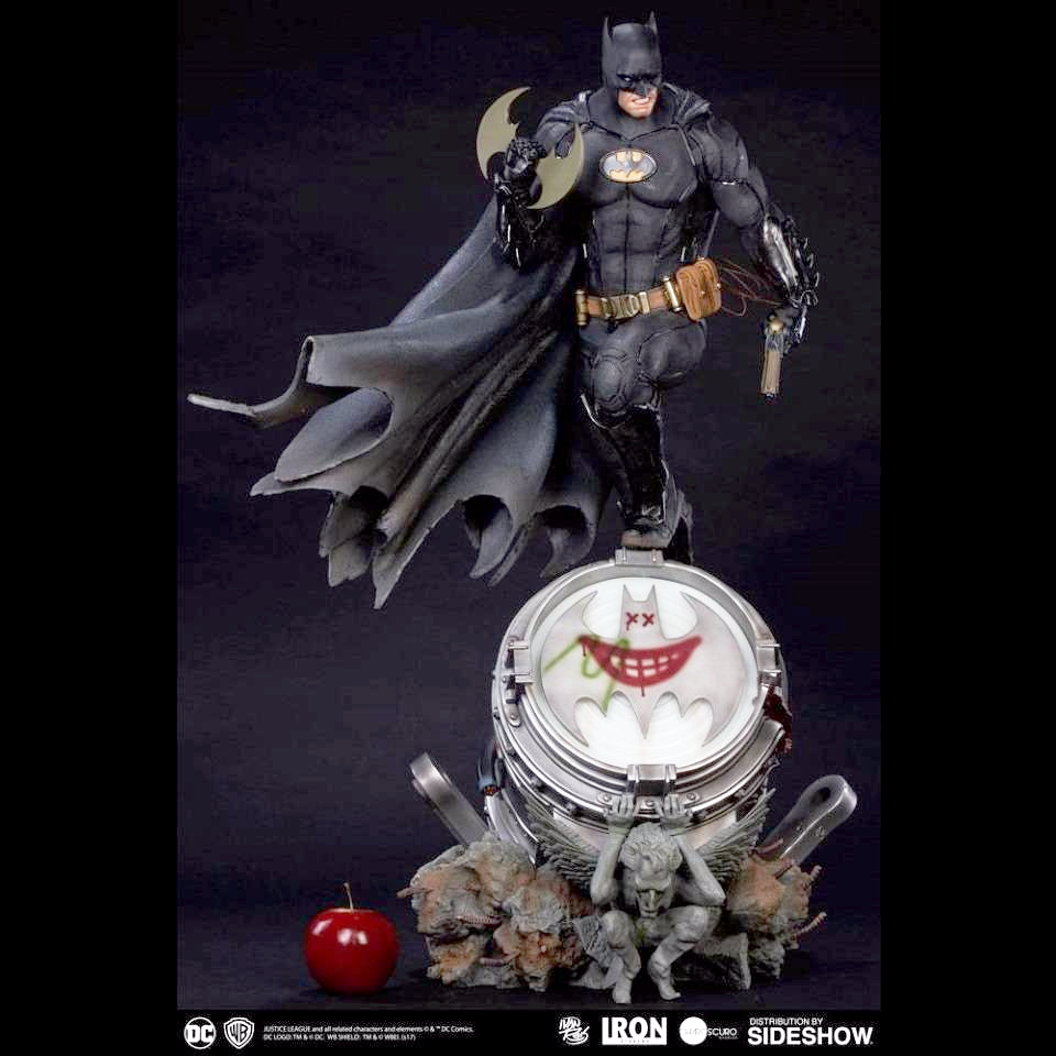 DC COMICS BATMAN BLACK EDITION 1:3 PRIME SCALE STATUE FROM IRON STUDIOS