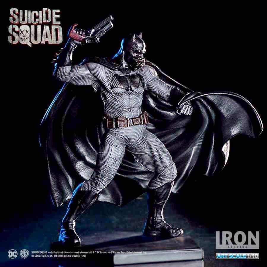 SUICIDE SQUAD BATMAN 1:10 ART SCALE STATUE FROM IRON STUDIOS